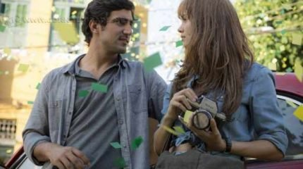 Alice (Sophie Charlotte) e Renato (Renato Góes), dois jovens que se apaixonam à primeira vista, mas têm o amor sabotado pelo conflito familiar. (Foto: TV Globo/GShow)
