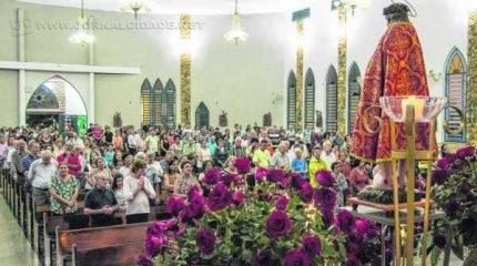 Quermesse, em sua 51ª edição, é tradicional na comunidade junto à programação religiosa (crédito foto: Angela Amaral)
