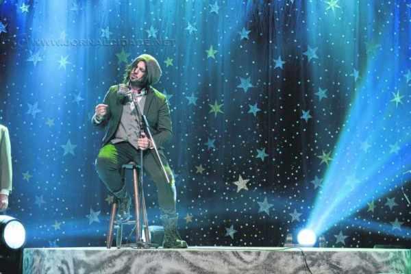 Já Rosa de Saron traz o novo show 'Acústico e Ao Vivo 2/3' no sábado (2), em duas sessões