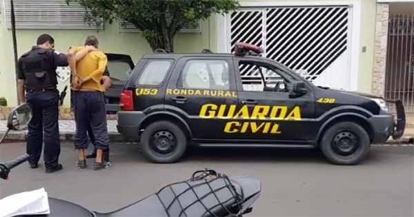 Guardas civis municipais prenderam o ex-pastor na Avenida 9, na região do bairro Boa Morte, em Rio Claro.
